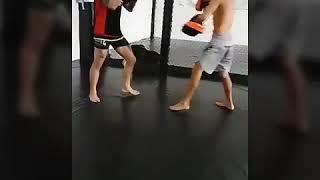 Treino de Muay Thai na Astra Fight Team