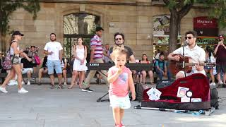 When kids enjoy street music