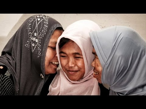 Missing girl reunited with family 10 years after tsunami