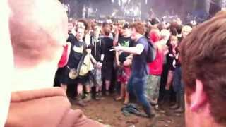 Korn @ Download 2013 - Freak On A Leash (Video Abruptly Ended Due To Mosh Pit)