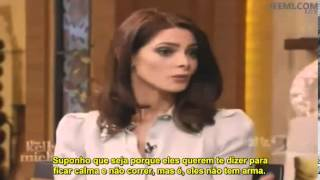 "Ashley Greene no programa  ""Live with Kelly and Michael"""