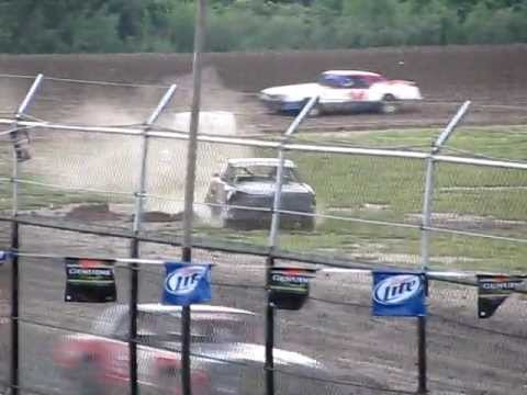 Wilmot Raceway Street Stocks:  Bob Walczak on  June 25, 2009