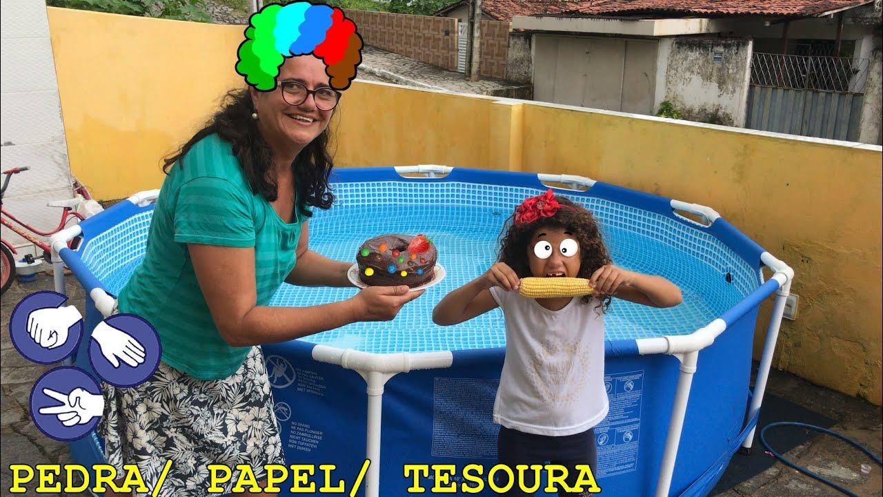 BRINCANDO DE PEDRA, PAPEL E TESOURA