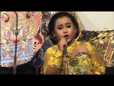 Memanik by Dimas Niken Salindri live Ki Rudi Gareng