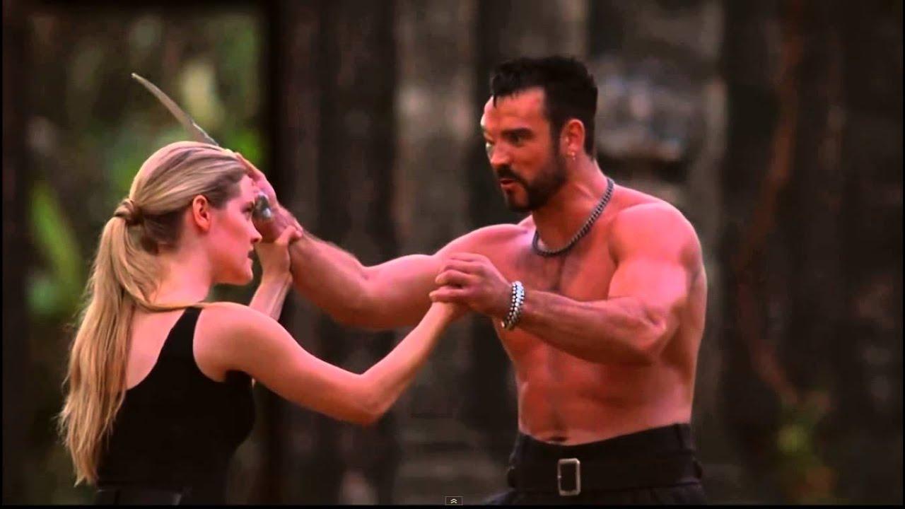 Mortal Kombat Film 1995 Sonya Vs Kano Youtube