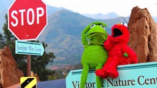 Kermit the Frog gets a NEW JOB greeting people at Colorado State Park!