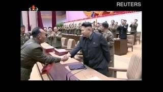 Северная Корея приветствует хромающего Ким Чен Ына