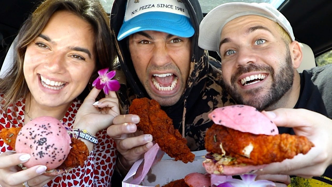 TODD, NATALIE, AND JOE TRY FAMOUS PINK BUN CHICKEN SANDWICHES!!