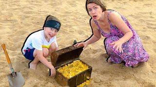 видео: Веселые истории про пиратов, маму и торт // Твиксики