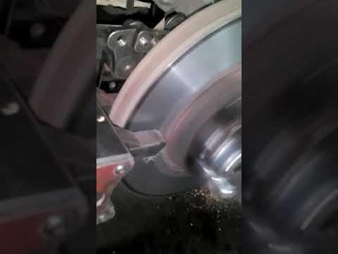 проточка тормозного диска Toyota Estima Hybrid AHR20