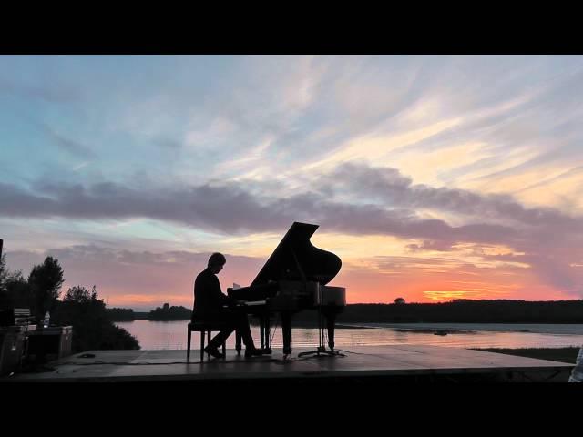 Terraferma. Arturo Stalteri, concerto al tramonto, Guastalla,  Hoppipolla, Sigur Ros