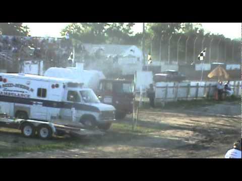 Kenney MotorSports 30PK 7/30/11 Mid Nebraska Speedway- Doniphan, NE Heat race