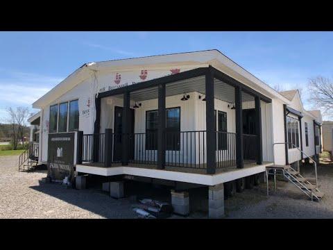Lulamae Farmhouse, 32x70, 3 bedroom, 2 bath