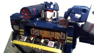 Stop Motion Review 039 - MP13 Masterpiece Soundwave (Takara Version)