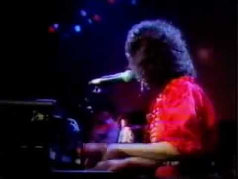 Jessi Colter sings Without You to Waylon Jennings