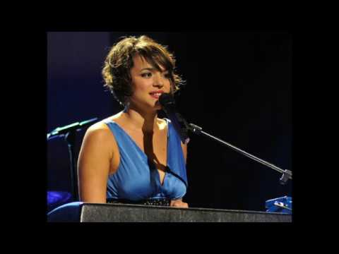 Norah Jones - Ride On (AC/DC Cover)