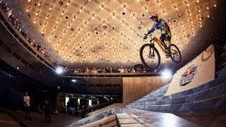 MTB Downhill in a Palace - Red Bull Ride the Palace 2012 Bulgaria - Highlights