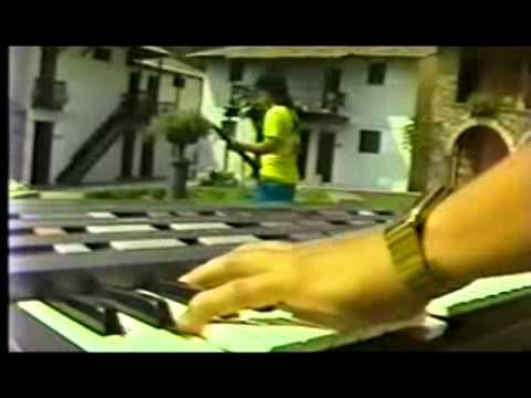 TAXI - DIA DE AÑO NUEVO (U2 Cover) (CHIMBOTE 1986)