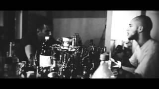 Download Vin'S feat. Melan - Me Parlez Pas (CLIP OFFICIEL) - Réalisé par Deal2Com MP3 song and Music Video