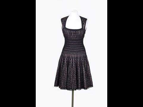 Черное вязаное платье крючком