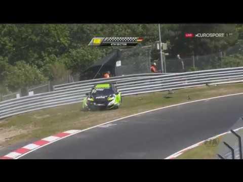 WTCC 2017. Race 2 Nürburgring Nordschleife. Dániel Nagy Crash