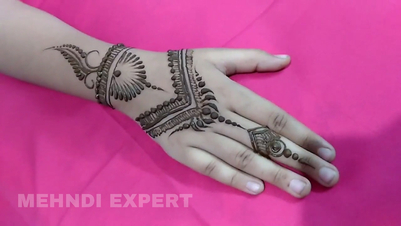 Mehndi Bracelet Design For Kids : Modern style simple mehndi or henna design for kids step