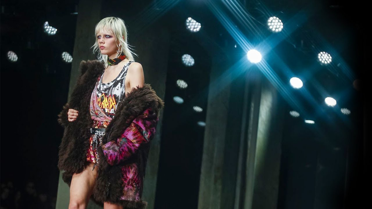 [VIDEO] - Dsquared² | Fall Winter 2019/2020 Full Fashion Show | Exclusive 9