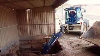 Hidromek 102s Bekoloder Kulanan Ustamız Bunker Temizliyor