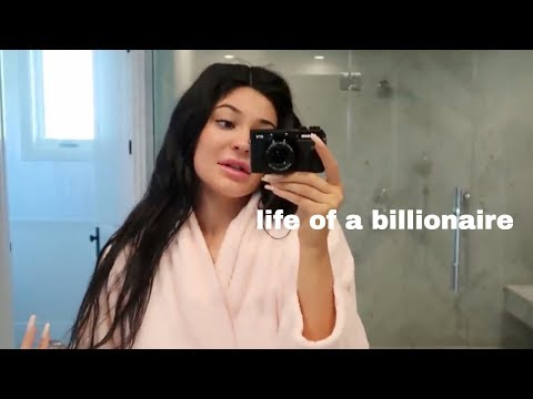 Kylie Jenner being RICH for 3 minutes straight