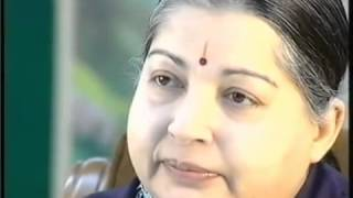 Jayalalithaa royally slapping Karan Thapar during the Interview