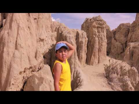 Bolivia Travel: Valle de la Luna