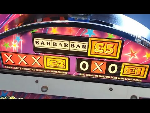 Fruit Machines at Mumbles Pier - Party Time - oXo Reels - Cash Adder