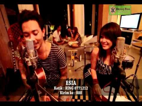 KIS Sabar feat Tiari Bintang Official Video