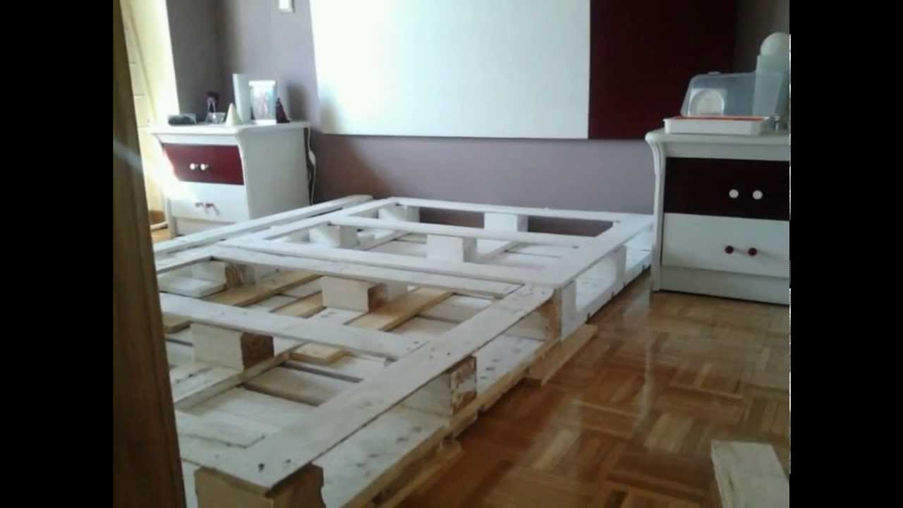 Cama de palets youtube for Base de cama matrimonial con tarimas