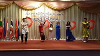 AYWoSE 2017 - Cultural Performance - Vietnam