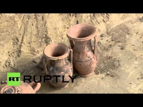 Russia: Crimea energy bridge workers unearth ancient man-made reservoir