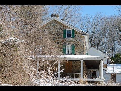 Exploring Abandoned Pennsylvania Houses