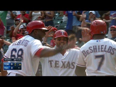 TOR@TEX: DeShields gets Little League homer on review