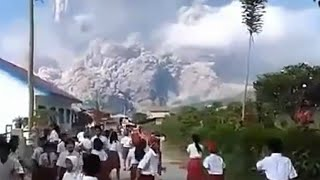 Gunung Sinabung Meletus, Siswa SD Panik