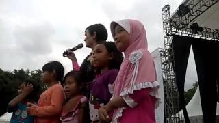 Gambar cover Saskia Gotik dan Nanda Bulan Dirgantara 2016