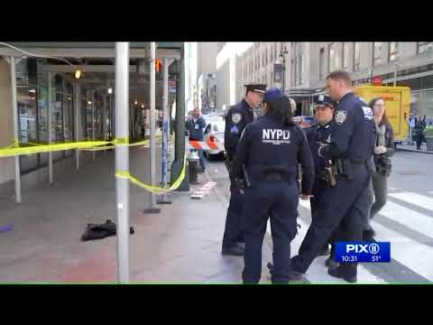 FedEx worker allegedly repeatedly stabs man near near Empire State Building
