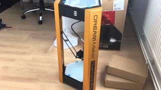 Unboxing video - Dreammaker Overlord Pro 3D printer