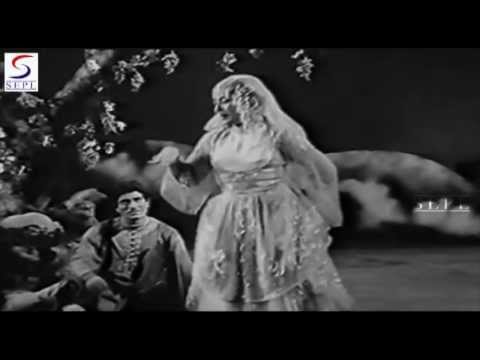 Andaaz Mera Mastaana - Lata Mangeshkar - DIL APNA AUR PREET PARAI - Raaj Kumar, Meena Kumari