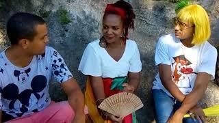 Entrevista com a cantora Lizza Dias