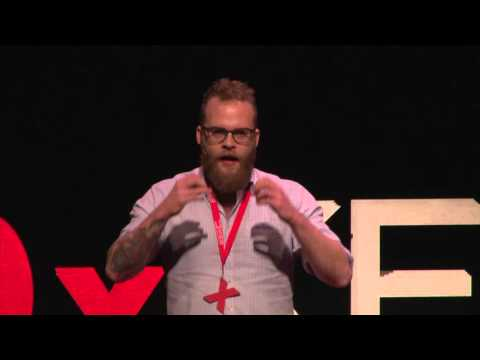 How to Educate Your Brain With Alcohol | Sune Urth | TEDxKEA