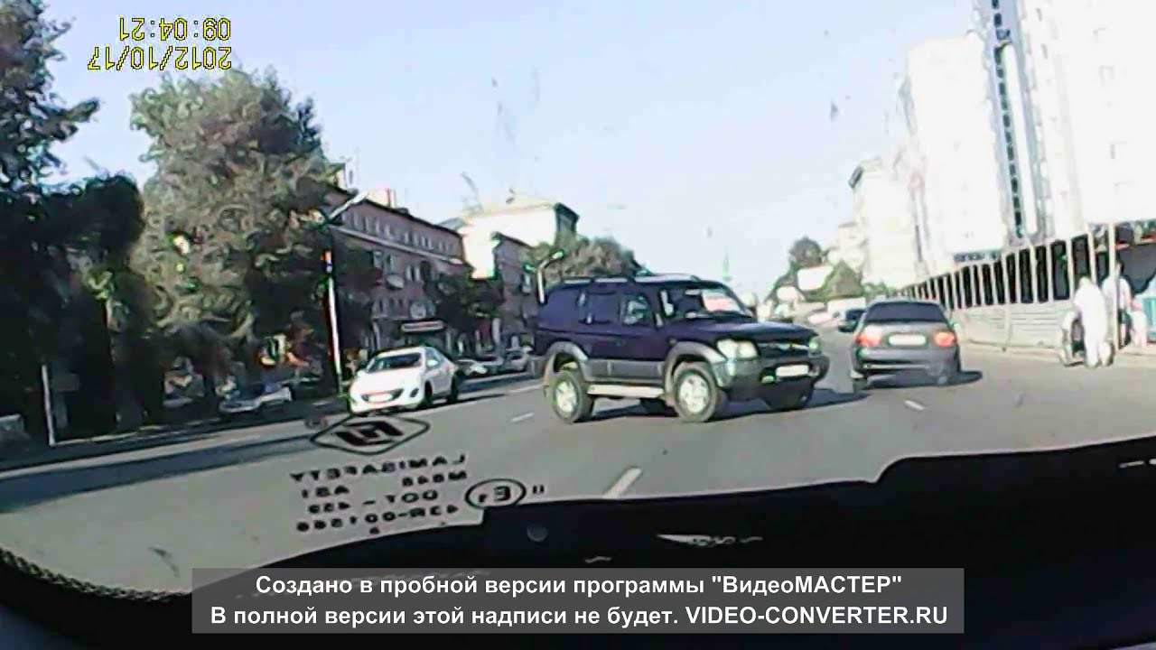 Новосибирск. Ул.Титова. toyota Camry sv41/ honda Stream rn1 чуть .