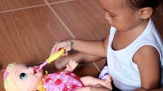 Bayi Lucu Bermain boneka Baby Alive Super Snacks Lily - Cute Baby Feeding Baby Doll