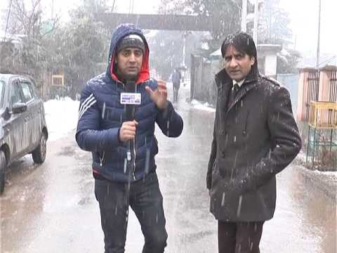 irfan and sanam kashmir snowfall