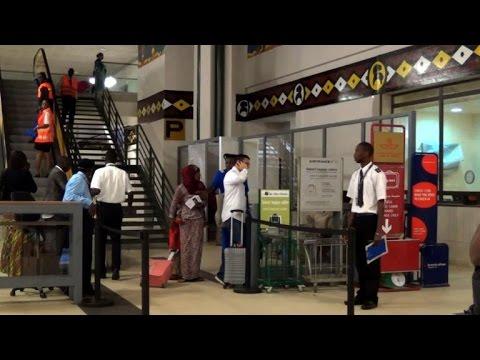 Conakry: mesures de prévention à l'aéroport pour contrer l'ebola