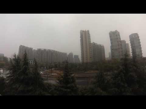 Snowfall in Hangzhou 杭州, fast motion